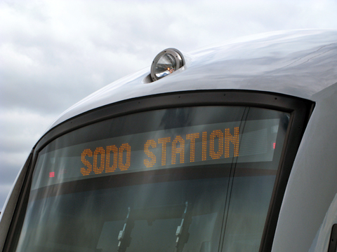 Train to SODO Station by Oran Viriyincy via flickr (CC)